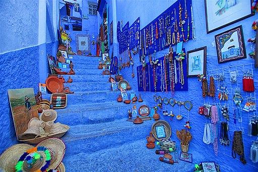 Shopping-chefchaouen-morocco-f9607d8eac98