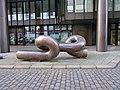 Skulptur Knoten von Georg Engst BB Deichstraße (1).jpg