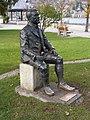 Skulptur von Ludwig Thoma in Rottach-Egern.jpg