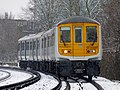 Snow falls on 319001 Sevenoaks to St Albans City 2E71 (16262858909).jpg
