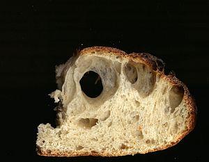 Pore (bread) - Sourdough bread pores