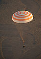 Soyuz TMA-09M landing (4).jpg