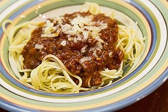 Filipino spaghetti - Filipino spaghetti with giniling and grated cheese