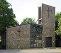 St Joseph's Church, Portsmouth Road, Milford (June 2015) (2).JPG