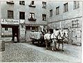 Stammhaus der Berliner Zigarren- und Tabakfabrik J. Neumann (Jehuda Neumann bekannt auch als Julius Neumann) in der Papen-, späteren Kaiser-Wilhelmstraße Nr. 9 in Berlin um 1880, erster Hof.jpg