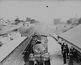 Shorncliffe railway line - Image: State Lib Qld 1 129491 Waiting at the Railway Station, Nundah, ca. 1910