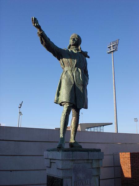 Maurice Boyau statue, outside the stadium Maurice-Boyau of Dax