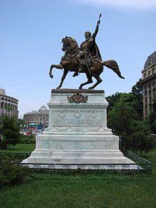 Imagini pentru Statui ecvestre Mihai Viteazul