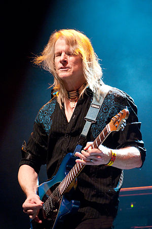 Steve Morse - Steve Morse playing with Flying Colors, 013, Tilburg, Netherlands (2012).