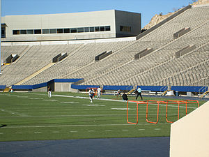 Sun Bowl (stadium) - Image: Sun Bowl 3