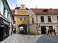 Třeboň, Masarykovo náměstí, Hradecká brána (01).jpg