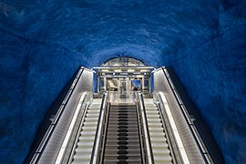 T-centralen metro station december 2017 01.jpg