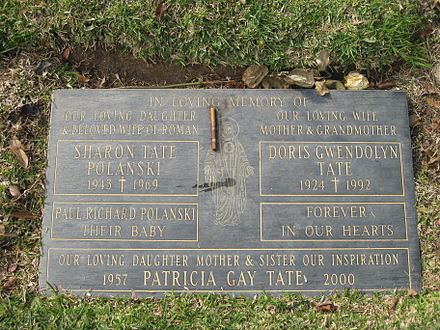 The Tate family burial plot at Holy Cross Cemetery, Culver City, California, in which Tate, her unborn son Paul, mother Doris, and sister Patti are interred. Tate family grave.JPG