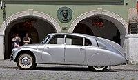 Tatra 87 (Foto Hilarmont).JPG