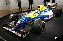 Photo de la Williams FW14B jaune et bleue de Mansell en exposition
