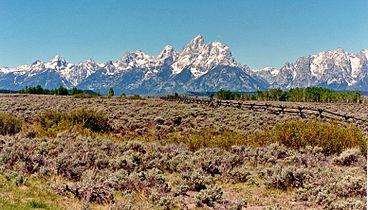Teton Range 1986.jpeg