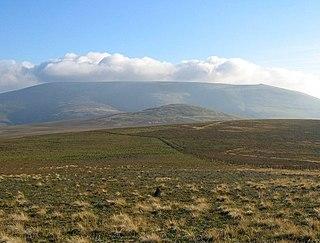Cheviot Hills mountain