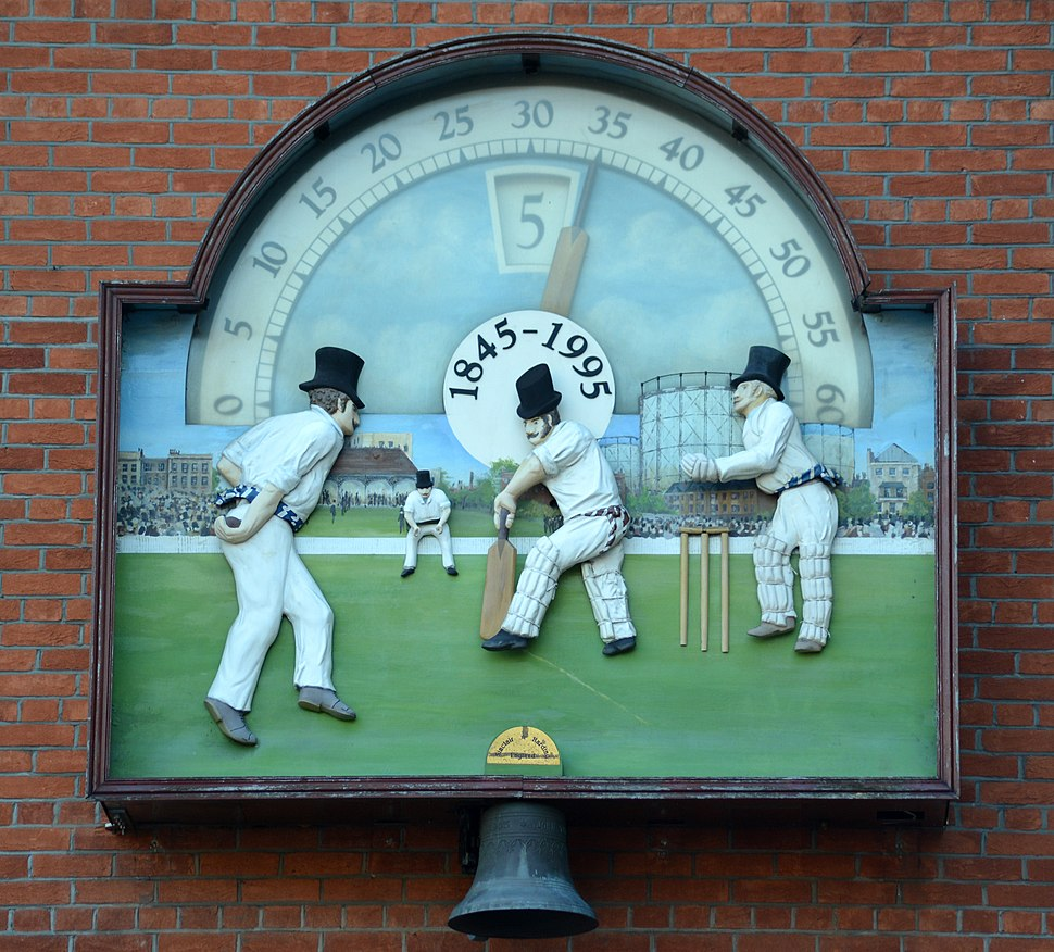 The Oval Clock