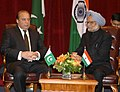 The Prime Minister, Dr. Manmohan Singh in a bilateral meeting with the Prime Minister of Pakistan, Mr. Nawaz Sharif, in New York on September 29, 2013 (3).jpg