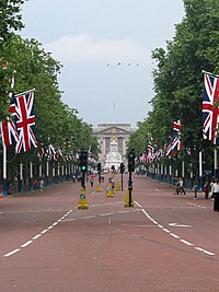 The mall london wikipedia for Time square londra