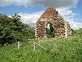 The ruined St Michael's church - geograph.org.uk - 1322478.jpg