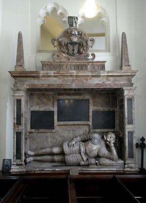 Thomas Ridgeway, 1st Earl of Londonderry - Monument to Sir Thomas Ridgeway (d.1598), Tor Mohun Church, erected by his son
