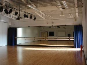 The Thomas Aveling School - Drama/Dance facility