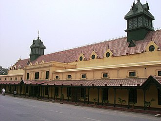 Lahore - Much of old Lahore features colonial-era buildings, such as the Tollinton Market.
