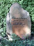 Tombstone Otto Nagel.jpg