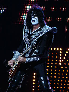 Tommy Thayer in 2010