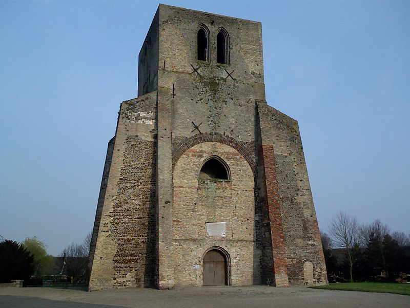 http://upload.wikimedia.org/wikipedia/commons/thumb/e/e4/Torre_nolare_a_Bergues.jpg/800px-Torre_nolare_a_Bergues.jpg
