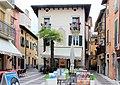 Torri del Benaco, der Piazza Umberto.JPG