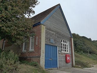 Yarmouth Lifeboat Station - Image: Totland Bay old lifeboat station