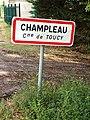 Toucy-FR-89-Champleau-panneau d'agglomération-01.jpg