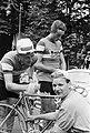 Tour de France , Nederlandse mecanicien Joop Hulshof eerste maal mee, Bestanddeelnr 911-3767.jpg