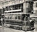 Tramway Mékarski Paris 1910 inondations extrait.JPG