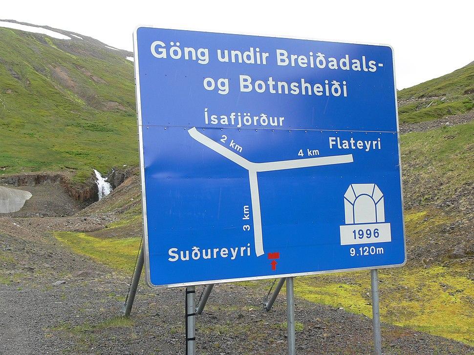 Tunnelausgang Botnsdalur