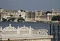 Udaipur-Stadtpalast-46-von Jagmandir-2018-gje.jpg