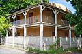 Une maison coloniale (Dzaoudzi, Mayotte) (34674339942).jpg