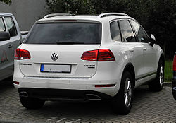VW Touareg Exclusive V6 TDI BlueMotion Technology (II) – Heckansicht, 30. August 2011, Düsseldorf.jpg
