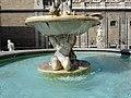 Vasca centrale della Fontana.jpg