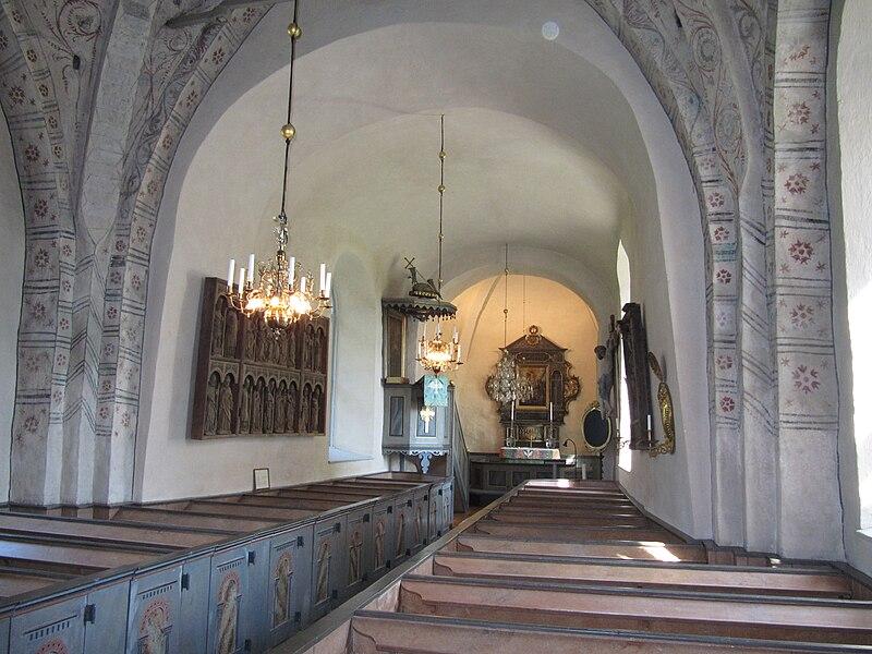 Vidbo kyrka int02.jpg