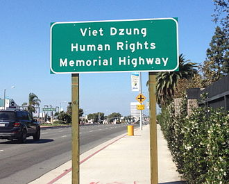 Dz (digraph) - Image: Viet Dzung Human Rights Memorial Highway