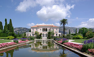Villa Ephrussi de Rothschild - Front view of the Villa Ephrussi de Rothschild