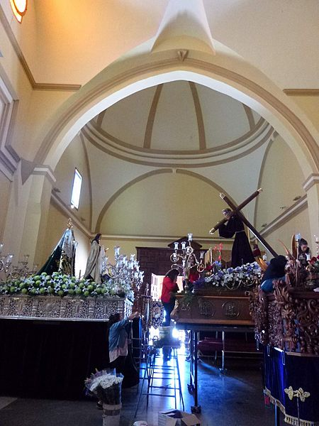 File:Villarrobledo - Iglesia de San Blas 16.JPG