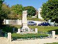 Villiers-Adam (95), monument aux morts, place Victor-Hugo.jpg