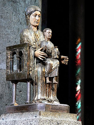 Orcival - Romanesque statue of Virgin and Child - Notre Dame d'Orcival