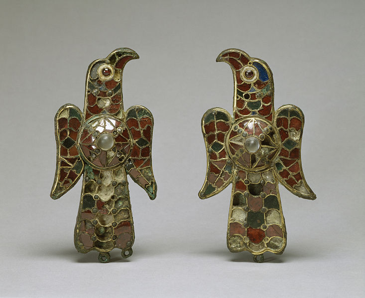 File:Visigothic - Pair of Eagle Fibula - Walters 54421, 54422 - Group.jpg