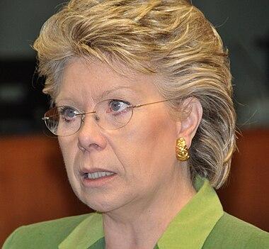 http://upload.wikimedia.org/wikipedia/commons/thumb/e/e4/Viviane_Reding.jpg/380px-Viviane_Reding.jpg