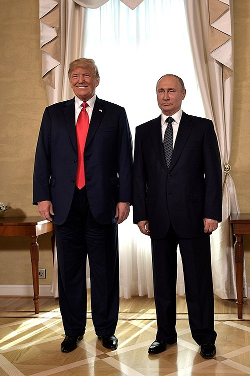 Vladimir Putin & Donald Trump in Helsinki, 16 July 2018 (1).jpg